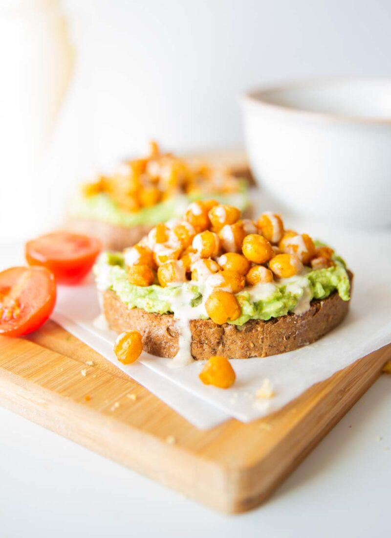 avocado and chickpea toast with tahini sauce